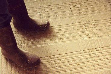 Surcos en el piso
