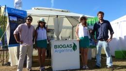 El objetivo es producir biofertilizante y biogás a partir del estiércol vacuno y el silo de sorgo y maíz. Y, a mediano plazo, vender el excedente a la red de energía eléctrica.