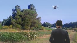 Buscan conocer realmente para qué sirven y cómo podrían contribuir los drones a la producción de alimentos, y proyectar las ventajas podrían significar hacia el futuro.