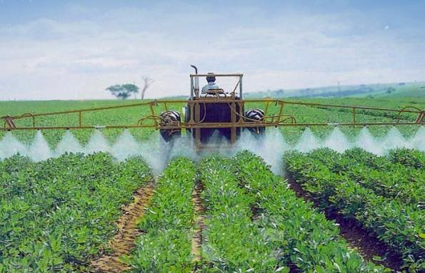 Aplicación de herbicida