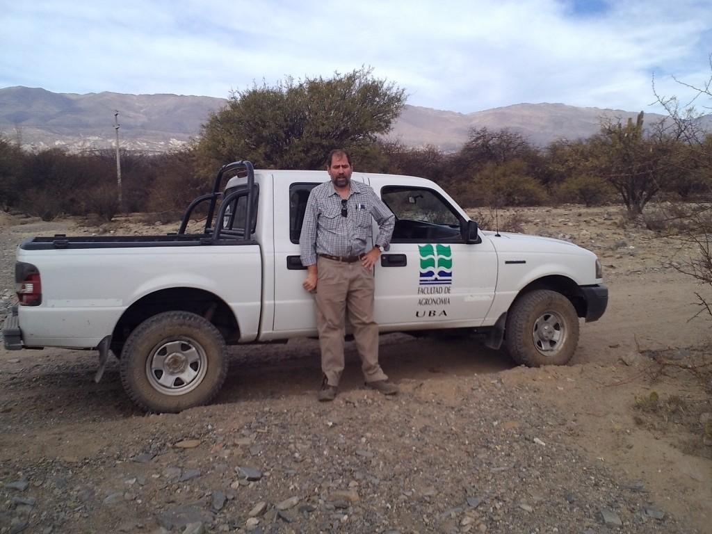 Maggi y su equipo de investigadores de la FAUBA dirigen junto con organismos locales dos estaciones meteorológicas en el Valle de Santa María Catamarca y en Laguna de los Pozuelos.