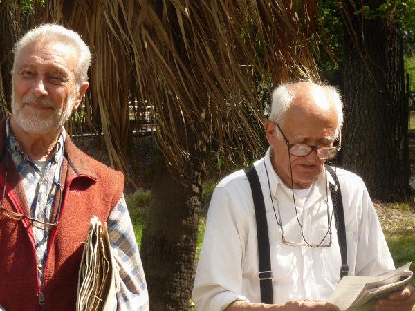 Juan Valla y Rolando León, dos de los cinco Grandes Maestros de la UBA en nuestra Facultad, en ocasión de la re-inauguración del Jardín Botánico Histórico de la FAUBA